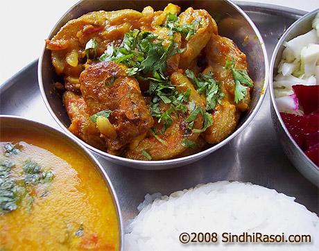 Kadhho tamate mein(lauki in tomato gravy)