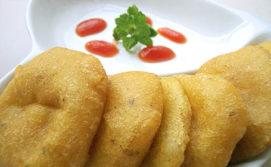 Aloo Bhaji or alu ke pakore or patatey ja pakora